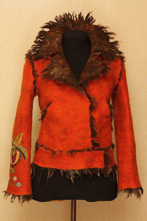 Купить Дикий, рыжий, влюбленный - ярко-красный, одежда из войлока, войлочный жакет, вышивка ручная