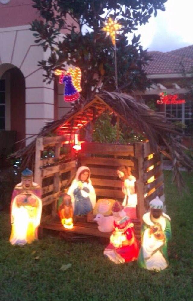 Outdoor Manger Scenes Christmas