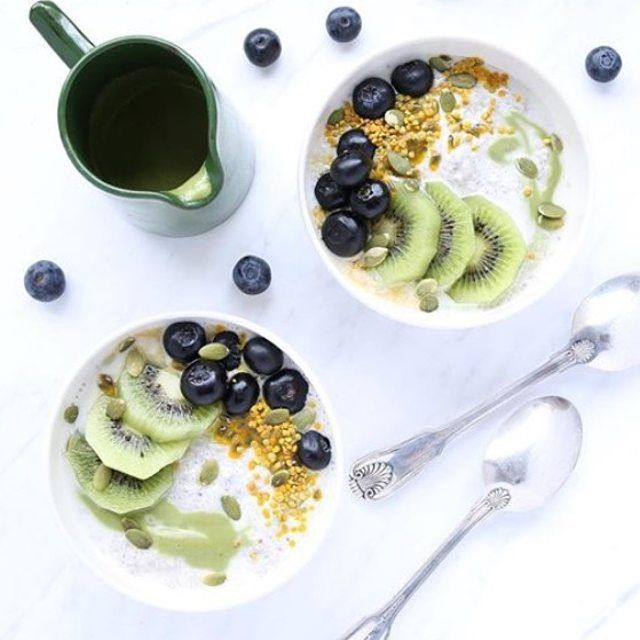 """mmmm DELICIOUS matching #mixnmatcha bowls from @deliciouslylegal - """"putting to good use the last of the biodynamic kiwi fruit for the season ..... soaked white chia seeds in biodynamic almond vanilla mylk with a matcha pumpkin seed cream x"""" don't forget to enter our #MM40K GIVEAWAY! halfway through today - head to win.matchamaiden.com to find out how to enter!"""