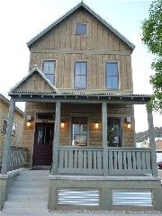 4 BR New Mtn Home in South Main on River Park in Town; Detached single family