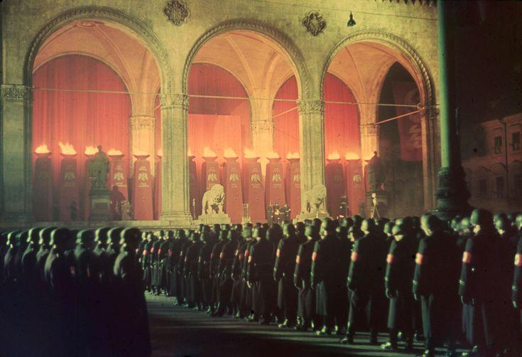 Annual midnight swearing-in of Nazi SS troops, Feldherrnhalle, Munich, 1938