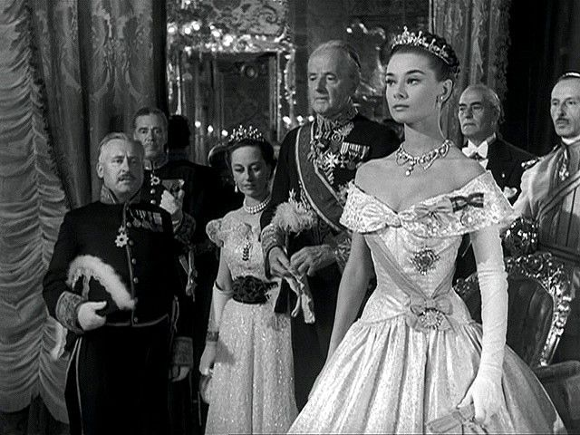 """Audrey Hepburn in an Edith Head gown in """"Roman Holiday"""" (1953)"""