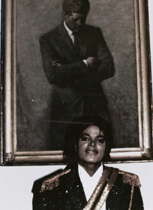 Michael Jackson In The 80s With A John F Kennedy Picture Background