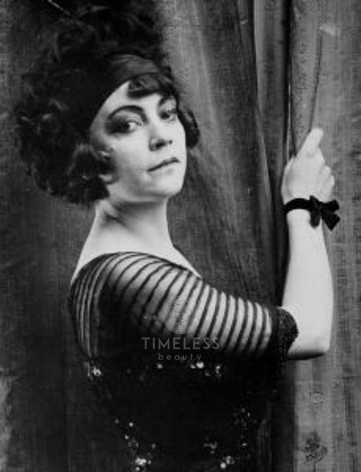 Asta Nielsen - La #Diva che portò l'#Erotismo nel #Cinema - Timeless Beauty