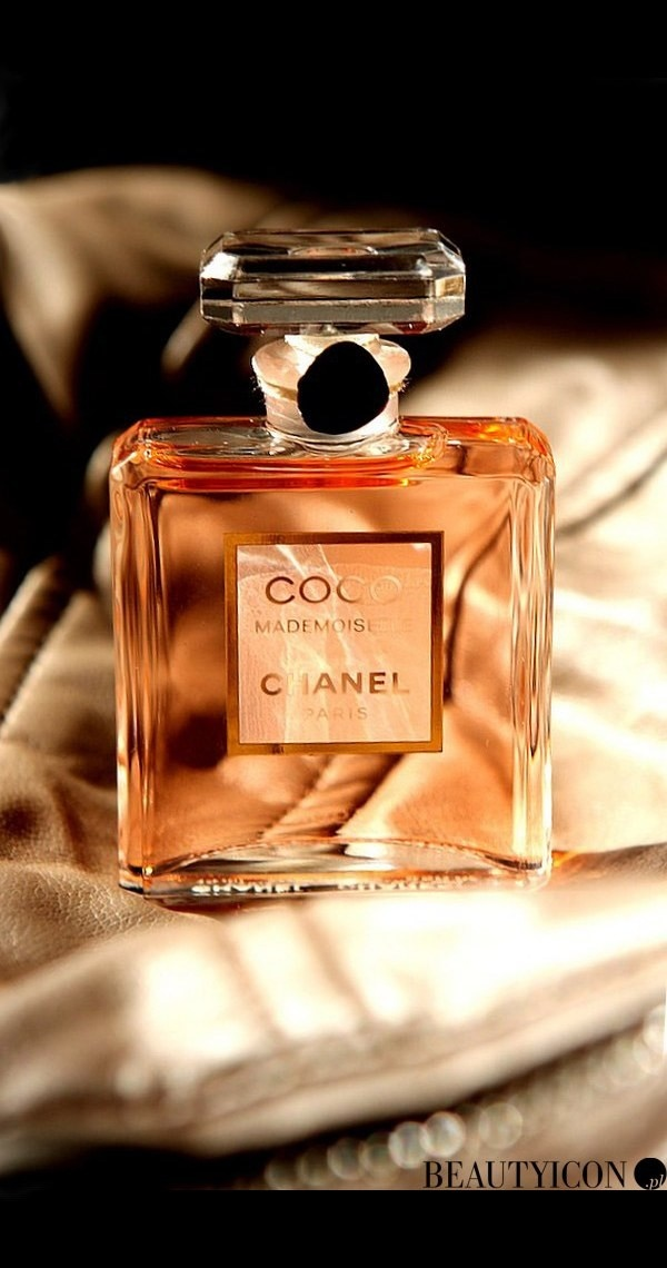 Chanel Coco Mademoiselle best smelling parfume ever