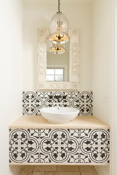 The inclusion of patterned tiles really breaks up the look of this room a treat and shows just how effective they can be when used in the right way.