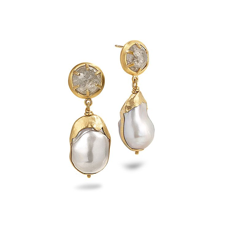 DIAMOND AND PEARL FONDANT DROP EARRINGS    8.52ctw of diamonds set in 24K gold with pearls set in 22K gold
