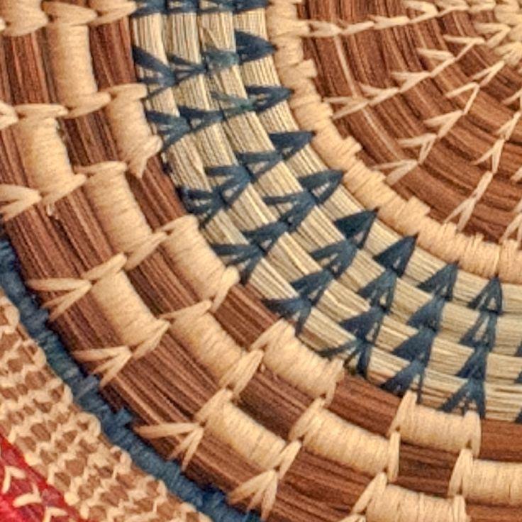 Pine Needles Braceles | Large Checkered Pine Needle Basket