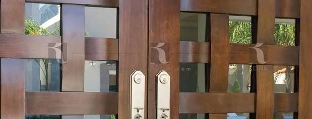 M s de 1000 ideas sobre puertas principales modernas en for Modelos de puertas principales modernas