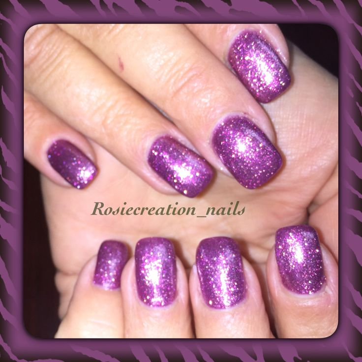 Glitter sparkle purple gel nails
