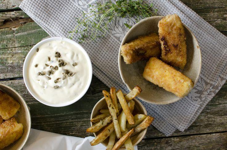 fiskepinner med pommes frites og remulade 3