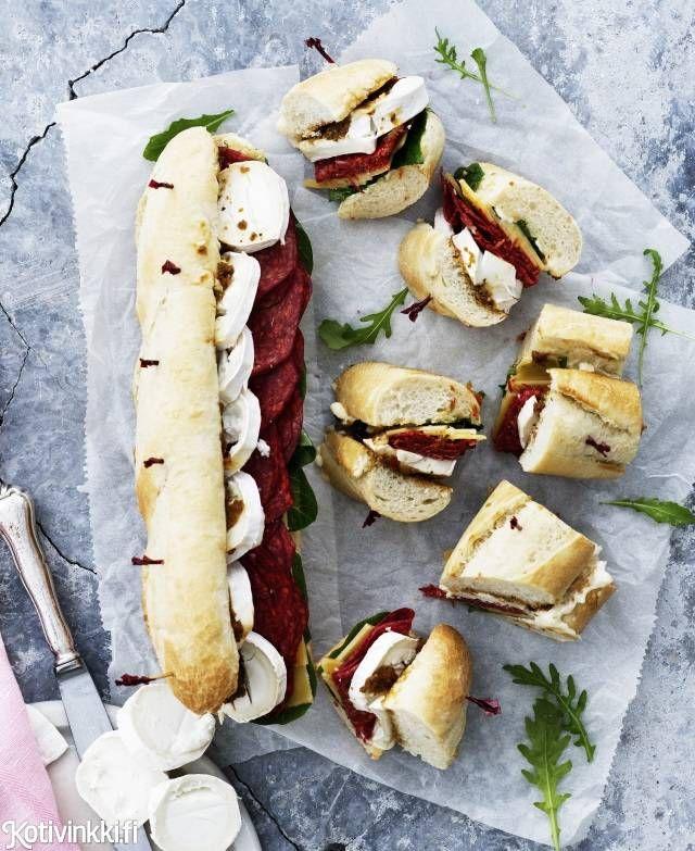 Chorizo-vuohenjuustopatonki | Kotivinkki Text: Sanna Kekäläinen Pic: Sami Repo #goatcheese #chorizo #baguette