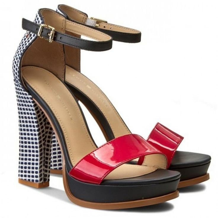 Είδατε την καλοκαιρινή σειρά Tommy Hilfiger; Εντυπωσιακά γυναικεία πέδιλα Tommy Hilfiger  Θα τα βρείτε στην Apostolidis Shoes: https://www.apostolidishoes.gr/…/tommy-hilfiger-jina-5z-mple #superbegr #shoes #πεδιλα