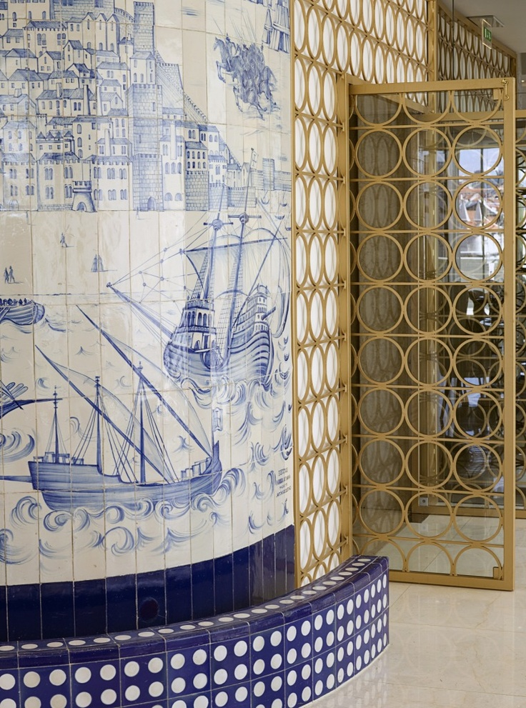 Amazing details with #azulejo (hand painted tiles) in Restaurant Rossio - #Hotel Altis Avenida - Lisboa #Portugal