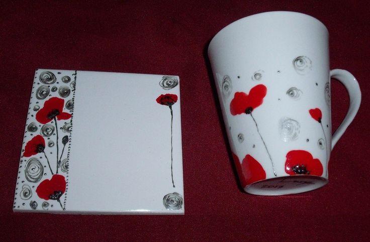 """Mug porcelaine peint à la main """"coquelicots"""" et dessous de tasse assorti : Vaisselle, verres par ysia-lune"""