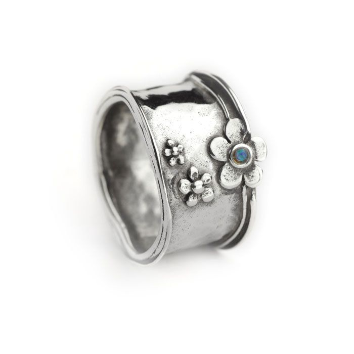 Aviv Silver - Chunky silver ring with daisy flower