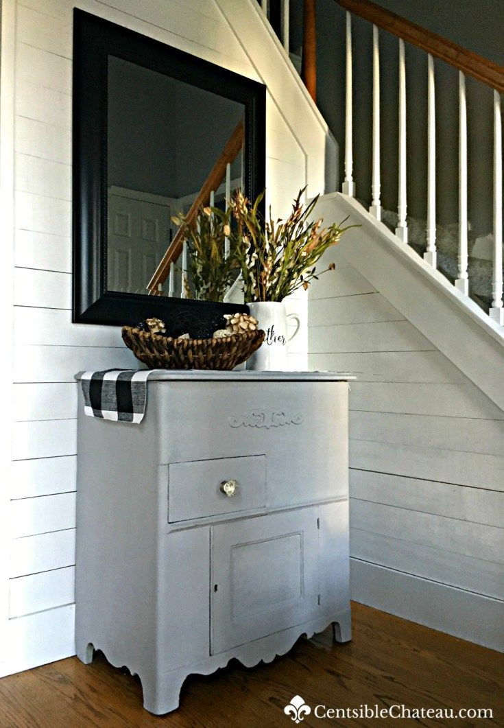 This easy chalk paint furniture update was done with rustoleum aged gray chalk paint. It only took one day and it looks adorable in the foyer!