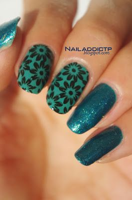Nail Addict: Naughty glam