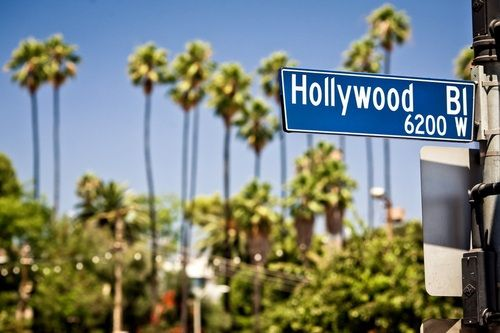 Have a getaway apartment for shopping trips witht the girls on Hollywood blvd!