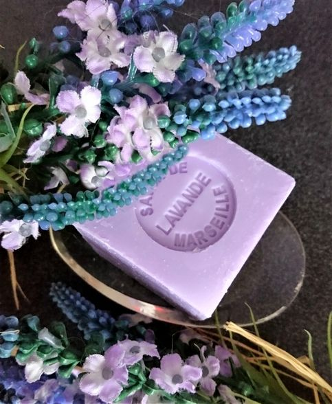 """French+Lavender+Soap+-+Mini+Marseille+Soap+made+in+France.  French+Lavender+is+highly+sought+after+because+it+is+a+native+specie+of+Provence+with+a+wonderful+scent+and+Marseilles+soaps+are+famous+for+their+quality,+scent+and+texture.+This+all-natural+lavender+soap+(""""savon+de+Marseille+a+la+Lavand..."""
