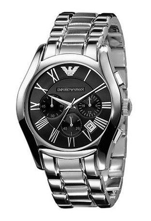 Montre EMPORIO ARMANI homme, bracelet en acier, fonction chronographe et date, modèle chic et sportif.