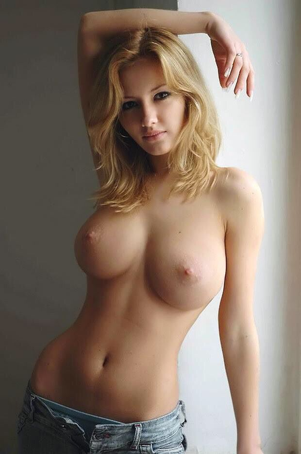 The sexy hottest blonde with perfect boobs top naked only
