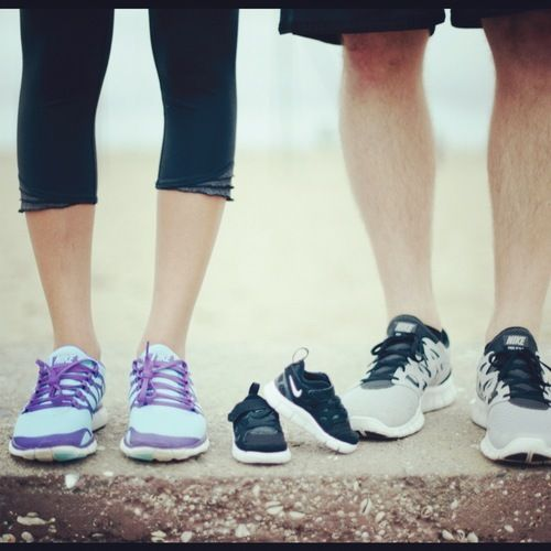 Ahhhhhhhhhhhhhh!  That's us!!!!!!!  In our running shoes!!!!!!  Best preggers announcement ever!
