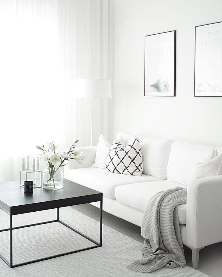 Weißes neutrales modernes wohnzimmer