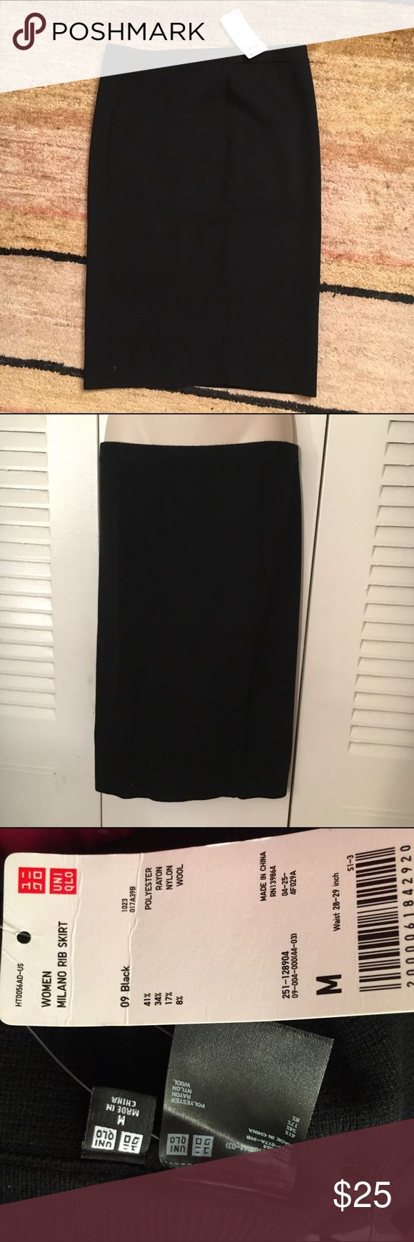 NWT Uniqlo black Milano skirt medium Brand new, unworn. See picture of tag for fabric. Super stretchy and comfy- moves with you! UNIQLO Skirts Pencil