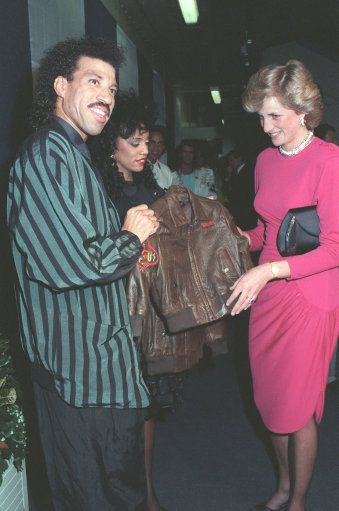 Lionel Richie dedicates Princess Diana's favourite song to Prince William - Photo 2 | Celebrity news in hellomagazine.com