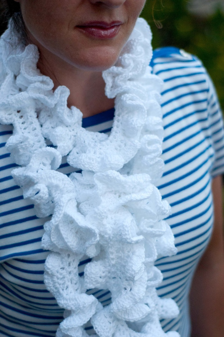 37 best Ruffled Scarves images on Pinterest   Crocheting patterns ...