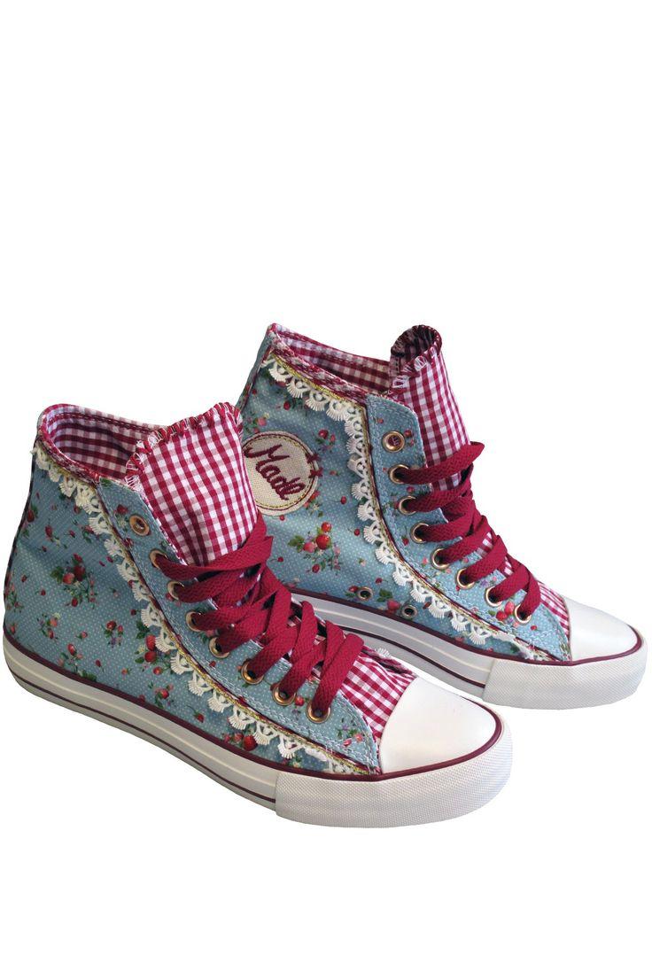 """trachten sneaker damen   Trachten Bender   Trachten Sneaker """"Strawberry"""" hellblau, geblühmt ..."""