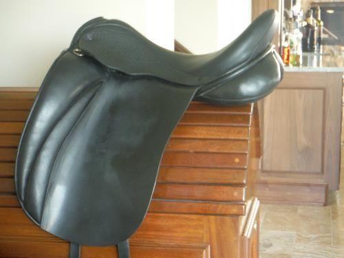"#dressage saddle for sale - Hulsebos WB4 17.5"" M Tree NEW TREE 2014"
