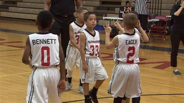 Hoop Dreams: 8-Year-Old Deaf Basketball Player Heads to Nationals - NBC News