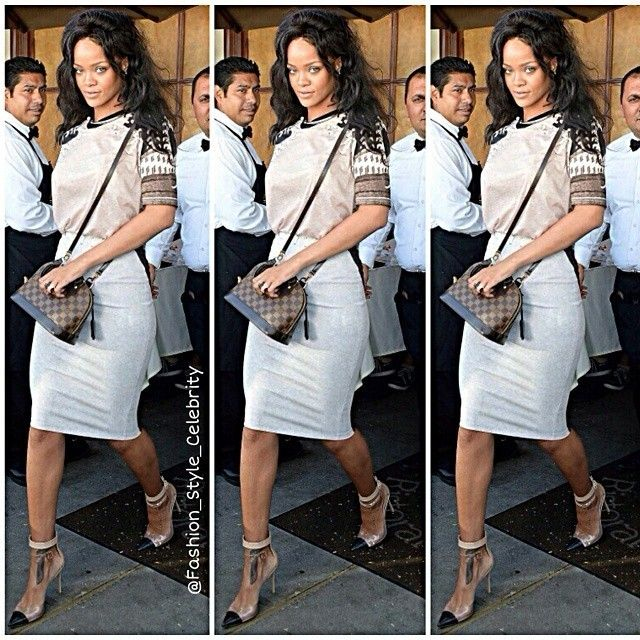 #rihanna #badgalriri #denimjacket #pink #makeup #actress #hollywood #actor #romper #jumpsuit #fashion #fashionista #style #stylish #blackdress #peterpancollar #celebrity #celebrityfashion #drake #chrisbrown #eminem #gorgeous #chic #magazine #streetstyle #streetfashion #harrypotter #dior #blonde #lookbook... - Celebrity Fashion