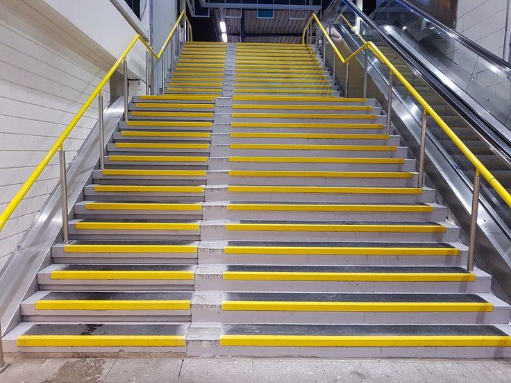 25 beste idee n over traptreden op pinterest trap for Hoeveel traptreden heeft een trap
