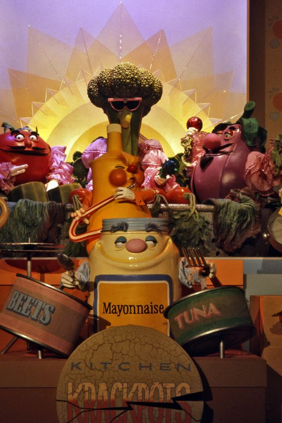 Kitchen Kabaret rocked! Too bad I was not into fruits and vegetables back then or I might have gotten a souviner or two! @Epcot @WaltDisneyWorld