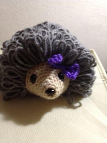 sweet baby hedgehog pattern...