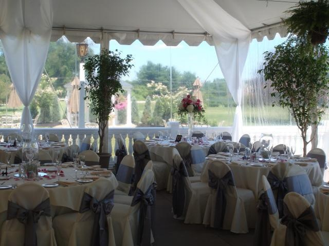 Penn Oaks Covered Tent Reception