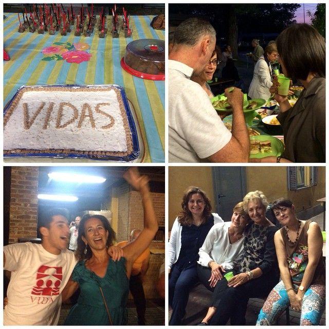 Grande #festa per tutti noi con cibo, ballo e tante risate. Grazie ai #volontari che hanno organizzato! #momentiinsieme #NoidiVidas