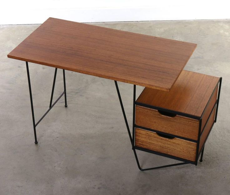 Vista Furniture Company Desk By D.R. Bates And Jackson Gregory Jr., USA,  1955