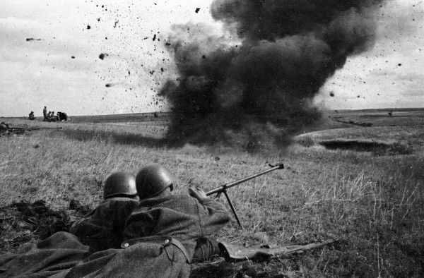 Red Army anti-tank riflemen come under fire during the first battle of Kursk, early 1943.
