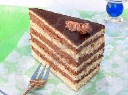 Torta de Chocolate Crocante - Veja mais em: http://www.cybercook.com.br/torta-de-chocolate-crocante.html?codigo=1130