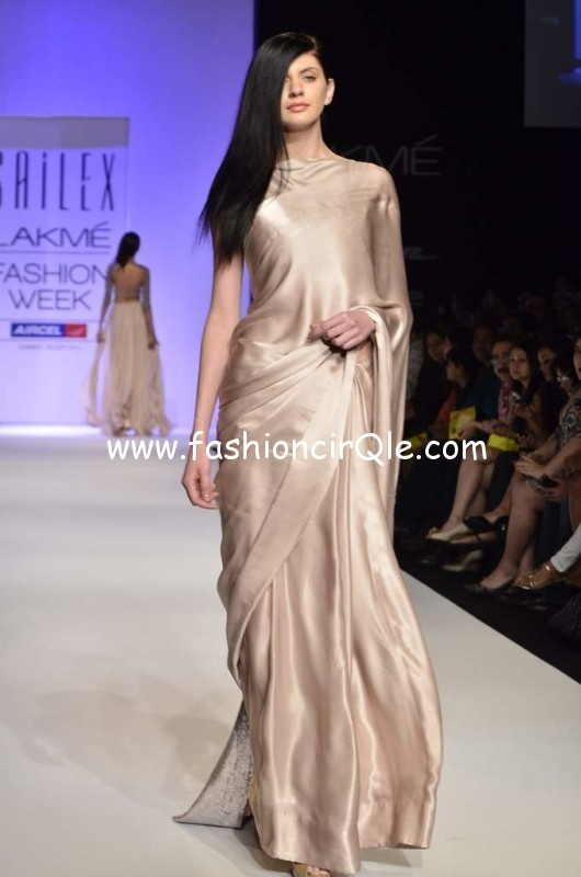 Plain, yet Elegant #Saree in shade of Champagne