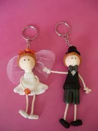 Resultado de imagen para recuerdos matrimonio ceramica en frio