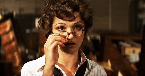 Rachel Weisz, The Mummy, glasses, gif, oops,