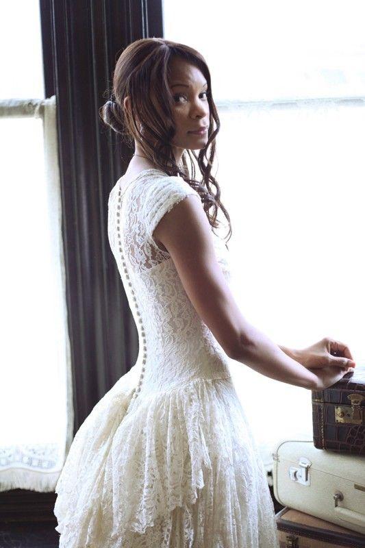 1000  ideas about Vintage Lace Gowns on Pinterest - Vintage lace ...