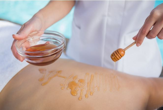 Learn More About The Benefits Of #Honey!  Catch A Buzz! 10 Honey Based Beauty Products