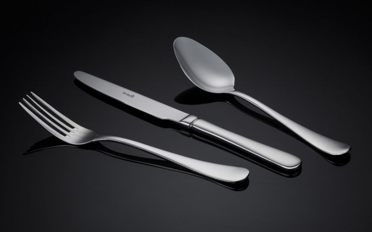 Sola Livorno cutlery is a beautifully shaped yet sturdy and functional cutlery. The cutlery is comfortable in the hand and looks great on the table. Perfect for enjoying a meal with friends and family. Buy now and receive free shipping on all our Sola products.