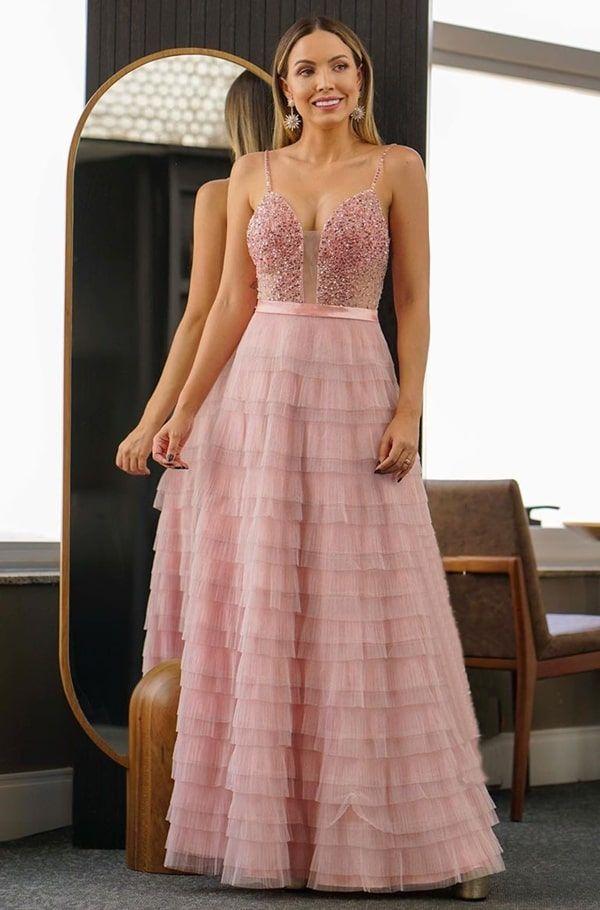 Vestido rosa para madrinha de casamento: 60 modelos em vários tons de rosa (rose, rosa antigo, rosa blush, rosa chicle… in 2020 | Edwardian dress, Fashion, Dresses